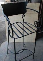 Проектиране и изработка на бар столове от ковано желязо